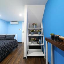 Blue Private Room 100m To Hanoi Train Station in Hanoi