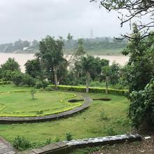 Blue River Home(apartment) in Jabalpur
