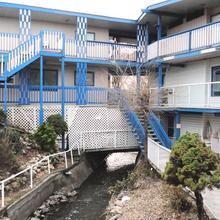 Blue Stream Motel in Vernon
