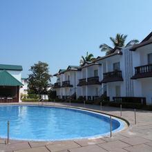 Bollywood Sea Queen Beach Resort in Navelim