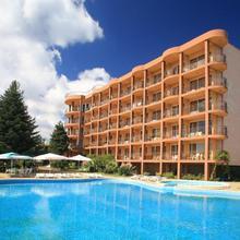 Bona Vita Hotel in Zlatni Pyasatsi