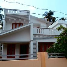 Bougain Villa in Thanniyam
