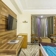 Boutique room in Naldehra, by GuestHouser 9722 in Sojha