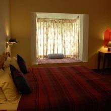 Boutique Stay With A Hilly View In Bir, By Guesthouser 60760 in Mandi
