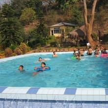 Brahmaputra Jungle Resort in Chandrapur Bagicha