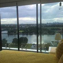 Brand New Unit That Has It All in Sydney