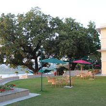 Brijraj Bhawan Palace Hotel in Dadhdevi