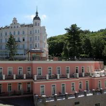 Bristol Georgy House in Karlovy Vary