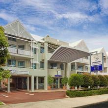 Broadwater Resort Como in Perth