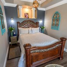 Brookside Inn Boutique Hotel in Abbotsford