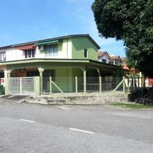 Bukit Sekilau Muslim Homestay in Kuantan