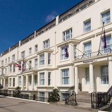 Premier Inn London Kensington Olympia in London