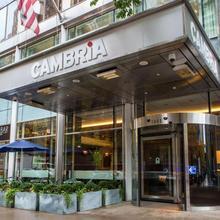 Cambria Hotel Chicago Magnificent Mile in Chicago