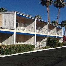 Cambridge Inn in Palm Springs