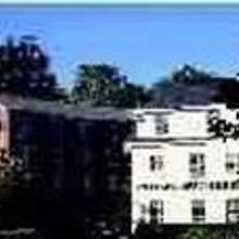 Camden Riverhouse Hotel in Glen Cove