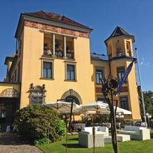 Camin Hotel Luino in Arosio
