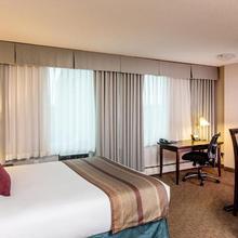 Campus Tower Suite Hotel in Edmonton