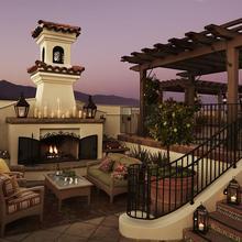 Canary Hotel in Santa Barbara
