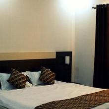 Canvas Rooms in Chandil
