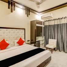 Capital O 10457 Hotel Arnavya in Sahaspur