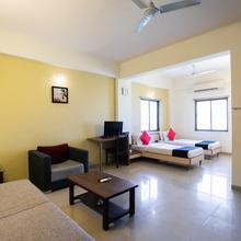 Capital O 11718 Hotel Shivarth in Bavla