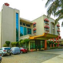 Capital O 13279 Hotel Jabali Palace Deluxe in Madan Mahal
