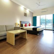 Capital O 13727 Hotel Aarogyam Suites in Haridwar
