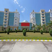 Capital O 13727 Hotel Aarogyam Suites in Roorkee