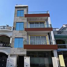 Capital O 17005 Dzire Inn in Lucknow