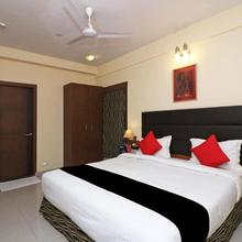 Capital O 19639 Lbd Resorts & Hotels in Kolkata