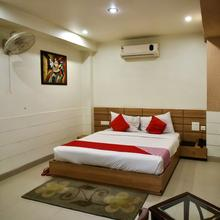 Capital O 3094 Hotel City Square Deluxe in Hisar