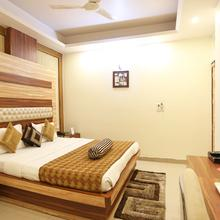 Capital O 312 Hotel Aster Inn Deluxe in Dadri