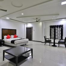 Capital O 38140 Hotel Sukun in Somnath