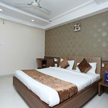 Capital O 8650 Hotel Johri Residency in Bhopal
