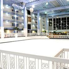 Carousel Resort Hotel and Condominiums in Ocean Pines
