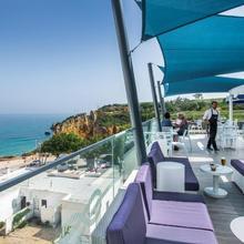 Carvi Beach Hotel in Portimao