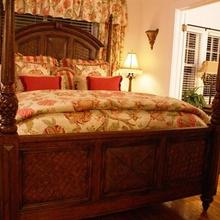 Casa Grandview Historic Luxury Bed & Breakfast Inn in West Palm Beach