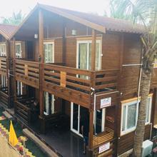 Casa Obrigado Beach Cottages And Spa in Goa