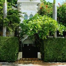 Casa Tua Hotel in Miami Beach
