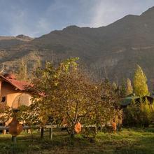Cascada Lodge Cajon Del Maipo in Santiago