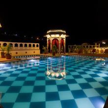 Castle Narela Lake Resort in Chittorgarh