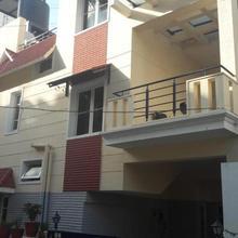 Catalyst Suites in Chik Banavar