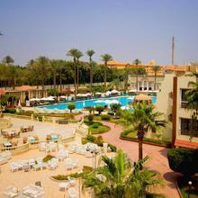 Cataract Pyramids Resort in Cairo