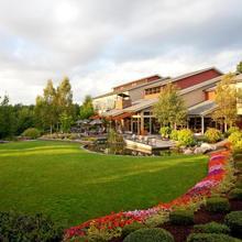 Cedarbrook Lodge in Seattle
