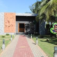 Celebrity Resort Chennai in Singapperumalkovil