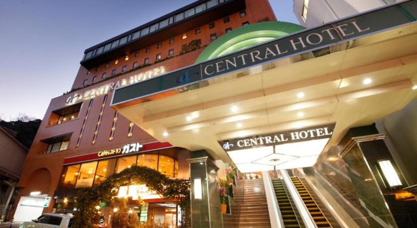 Central Hotel in Hayama