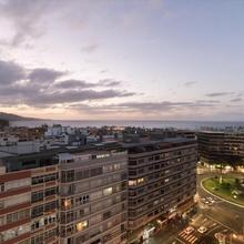 "Central Square Apartment To Share ""with Sea Views"" in Telde"