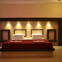 Chakravarthi Inn in Thiruchendur