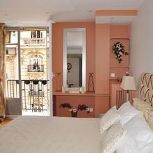 Champs Elysees Executive Apartment in Paris