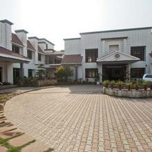 Charans Club And Resorts in Dewa